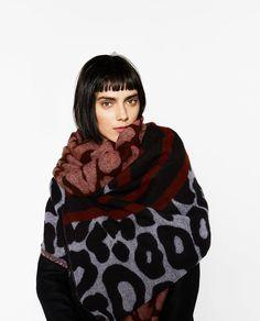 Zara wraparound, a great addition to your maternity winter wardrobe.