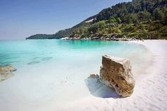 Thasos, Northern Island of Greece. Clear blue water and white sand. Most Beautiful Beaches, Beautiful Places To Travel, Wonderful Places, Thasos Greece, Santorini, Mykonos, Paradise On Earth, Greek Islands, Beautiful Islands