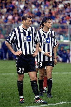 Zinedine Zidane and Pippo Inzaghi. Legends!