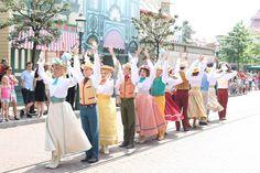 fête les beaux jours on main street USA at disneyland paris