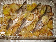 How to bake sea bass? Shellfish Recipes, Meat Recipes, Dinner Recipes, Baked Sea Bass, Turkish Kitchen, Turkish Recipes, Fish Dishes, Fish And Seafood, I Foods
