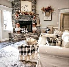 32 Fabulous Fall Living Room Decor Ideas To Feel Comfortable At Home Fall Living Room, Home And Living, Living Room Decor, Small Living, Modern Living, Living Rooms, Modern Room, Fall Home Decor, Autumn Home