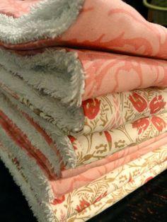 Rachel's Nest: DIY burp cloths