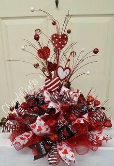 Valentine Wreath, Valentine Centerpiece, Valentine's Day Table Wreath,Valentine's Day Centerpiece by CherylsCrafts1 on Etsy