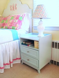 Two Drawer/Shelf Modern Nightstand DIY plans and instructions - and I love the lamp as well