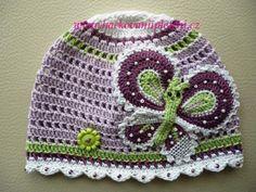 crochet spring hat ~ free pattern Needs translated to English. Crochet Kids Hats, Crochet Girls, Crochet Beanie, Crochet Crafts, Yarn Crafts, Crochet Projects, Knitted Hats, Knit Crochet, Mode Crochet