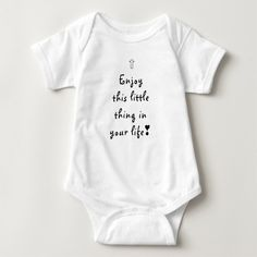 bodysuit with cute baby saying, cute baby shower gift for newborn girls and boys #enjoy the little things #bestbabygifts #babyshowergift Funny Babies, Cute Babies, Bedtime Prayer, Baby Coming, Baby Shirts, Tee Shirts, Christmas Baby, Christmas Eve, Christmas Cards