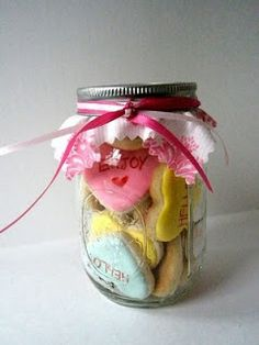 Mimi Marie Design + Photography: { Etsy Finds } Valentine's cookies in a mason jar!