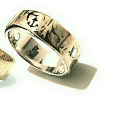 #earthy #elegant #original #oneofakind #handmadejewellery #custom #weddingring #engagementring #goldring #silverring #bronze #rings #swallow #anchor #ocean #australianmade #greatoceanroad #victoria #anglesea #Torquay #instagood #shopsmall by ginkoh_jewellery http://ift.tt/1KosRIg