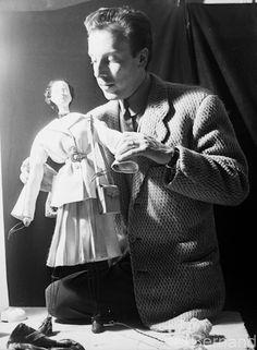 """Jacques Fath, Exibition """"Le Theatre de la mode"""" Paris 1945, Béla Bernand photo"""