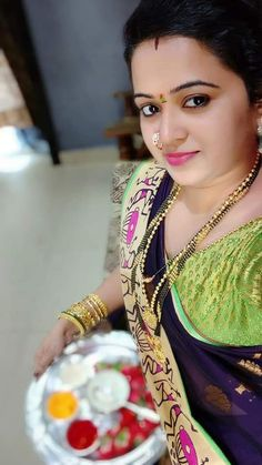 Beautiful Girl Indian, Beautiful Saree, Beautiful Indian Actress, Beauty Full Girl, Beauty Women, Marathi Saree, Bhojpuri Actress, Indian Wife, Village Girl