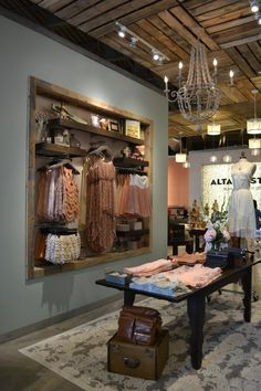 47 Ideas clothes shop interior store displays retail design for 2019 Boutique Design, Boutique Decor, Boutique Stores, Boutique Displays, Boutique Ideas, Clothing Boutique Interior, Mobile Boutique, Placard Simple, Cincinnati