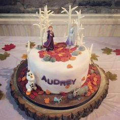 Media: When birthday wishes come true. Its been a looong week between birthday and party day but its bee Frozen Themed Birthday Party, 4th Birthday Cakes, Frozen Birthday Cake, Turtle Birthday, 4th Birthday Parties, Frozen Party, Birthday Wishes, Turtle Party, Carnival Birthday
