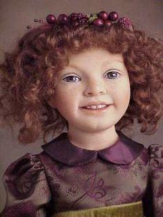 Heloïse - poupées de collection - museum - 2002 collection...dark hair/Maria