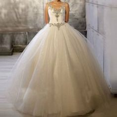 $106.06 Vintage Plunging Neck Rhinestoned and Sequined Design Women's Backless Wedding Dress