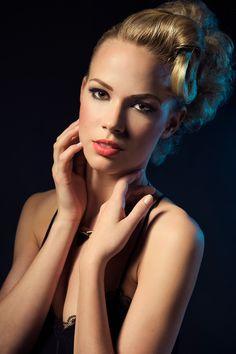 líčenie, fotenie, aleš tomis Beauty Women, Make Up, Makeup, Beauty Makeup, Bronzer Makeup