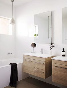 """Renovating for resale is a tricky balancing act. Here are 10 top tips to help you get the biggest bang for your buck Everyone has an opinion on how to achieve the best result in terms of adding value to a home; after all, we Kiwis are fanatical renovators. """"New kitchen and bathrooms, and having …"""