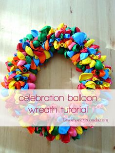 Balloon Wreath tutorial by Erin - TwoMoreSeconds, via Flickr