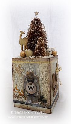 Bumblebees and Butterflies: A Vintage Christmas