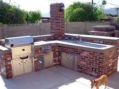 love this bbq and out door kitchen area