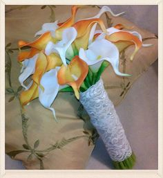 Orange & White Calla Lily Bridal Bouquet wrapped in natural burlap, overlayed in lace. Orange Calla Lily Bridesmaids Bouquet wrapped in Natural Burlap. Calla Lily Bridesmaid Bouquet, Wedding Bouquets, Renewal Wedding, Bouquet Wrap, Wedding Decorations, Wedding Ideas, August 31, Floral Designs, Invitations