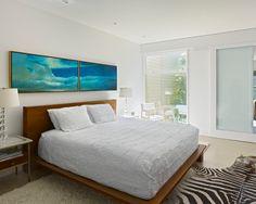 Manzanita Residence - modern - bedroom - san francisco - by yamamar design Art Over Bed, Platform Bed Designs, Platform Beds, Construction Bedroom, New Home Buyer, Bright Decor, Modern Contemporary Homes, Modern Bedroom Design, Headboard And Footboard