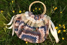 Hi everyone! :) Today I'm going to show you how to crochet your very own fat bottom bag! Hurray! :) Alright, what do you need? Supplies 6 skeins of Scheepjes Soft Fun Denim yarn (I used colours 501 (navy blue), … Continue reading →