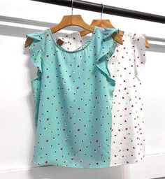 Fashion 2018, All Fashion, Womens Fashion, Summer Shirts, Blouse Styles, Cute Tops, Clothing Patterns, Diy Clothes, Casual Looks