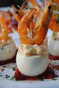 3) Spanish Gamba con Huevo Recipe – A simple combination of prawn & egg is hard to beat. You will find almost all the traditional pintxos bars in San Sebastian displaying this delicious, satisfying & visually appealing pintxo _ The best Pintxos from San Sebastian