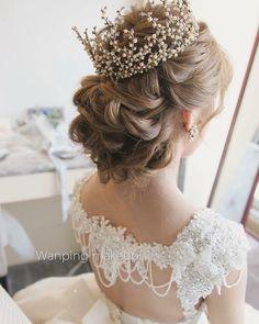 #wanpingmakeup #welcomereseller #swarovskicrystals#卸売#小売業#welcometotaiwan#handmadejewelry#taiwandesigner#海外発送#bridal #花嫁 #ウェディング #結婚式#花嫁小物#makeupartist #pearls#studio#hairstyle#bride#weddingtbt#台湾#個人輸入#bridecrown#手作#worldwide#opalstone http://gelinshop.com/ipost/1522340406473742564/?code=BUgcIizF1jk