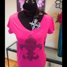 JUST IN~ ⚜ Beautiful Fleur De Lis VNeck  in black crystals Custom Ayankoya Tops Tees - Short Sleeve