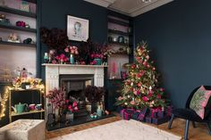 The Pink House does Christmas - sitting room reveal