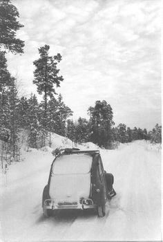 PARTAGE DE JEROEN VAN TONGEREN..........SUR FACEBOOK........... Psa Peugeot Citroen, Citroen Ds, French Classic, Classic Cars, Manx, Old Photos, Vintage Photos, 2cv6, Mountain Photos