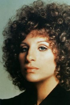 Barbra Streisand, beautiful photo of her. Great actress and singer, so Multi-talented.