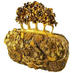 Opulent Alexander McQueen Raso Seta Knuckle Box Clutch Bag in Gold 2014 1 Gold Handbags, Vintage Handbags, Fashion Handbags, Purses And Handbags, Brown Handbags, Alex Mcqueen, Alexander Mcqueen Clutch, Gold Purses, Brown Purses