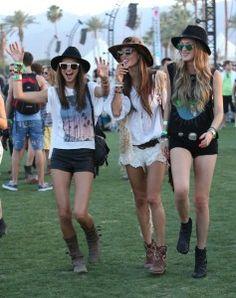 ¡Nos vamos al #Coachella! ¿Cuál es tu outfit festivalero? http://kcy.me/206cp  #blog #RutaStyle #moda