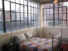 8626bcf7cc68b1153b38b6fcd57bb110--industrial-windows-pillow-fight.jpg (640×480)