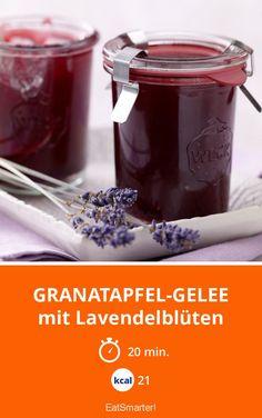 Granatapfel-Gelee - mit Lavendelblüten - smarter - Kalorien: 21 Kcal - Zeit: 20 Min. | eatsmarter.de