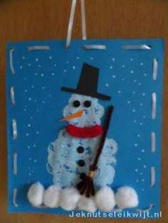 #Sneeuwpop stempelen. Leuk #knutselidee voor in de #winter.