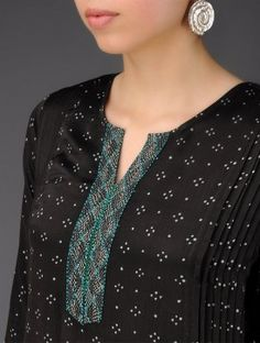 Black - Green Round Neck Pleated & Embroided Block Printed Kurta