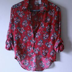 Sexy Fuchsia Floral sz small Mint condition. This article of clothing has been THOROUGHLY SEARCHED for flaws. There are NO FLAWS to my knowledge.  Please feel free to ask questions, my prices are not FIRM unless listed otherwise, so please feel free to submit REASONABLE OFFERS . Majority of the time I accept:) na Tops Blouses