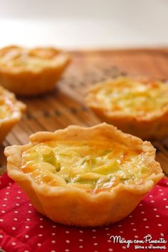 ideas for party food mini gluten free Quiches, Mini Foods, Breakfast Casserole, Good Food, Food Porn, Food And Drink, Low Carb, Cooking Recipes, Stuffed Peppers