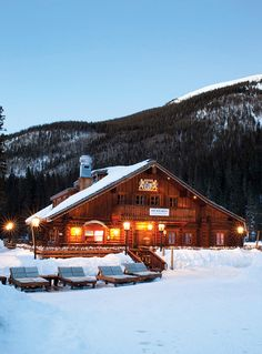 Taos Ski Valley is an iconic resort that brings Southwestern charm to classic ski culture. It also offers steep terrain and challenging terrain skiing NewMexico ResortGuide