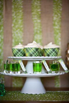 St. Patricks Day dessert bar