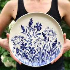 Finished platter from my painting video a little over a week ago! #handbuiltpottery #nashvilleart #blueandwhite #wildflowers