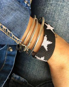 ⭐️ #miyuki #miyukibeads #miyukibracelet #miyukibileklik #bracelet #bead #handmadejewelry #jewellery #takı #flower #grey #pink #white #peyotestitch #peyote #beading #brickstitch #grey #pink #blue #brown #gold #black #pinkstar