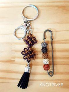 10월마지막주 노원교실 전통매듭 : 네이버 블로그 Wax Tablet, Diy And Crafts, Arts And Crafts, Diy Accessories, Paracord, Wire Jewelry, Knots, Personalized Items, Handmade