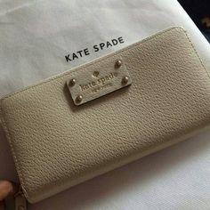 "Kate Spade Wellesley Neda wallet in Porcelain BNWT! Kate Spade Wellesley Neda wallet in porcelain.  Beautiful off white eggshell color called ""Porcelain"", seasonally versatile and right on time for fall! kate spade Bags Wallets"