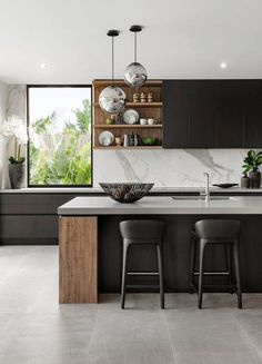 10 designs perfect for your small kitchen # kitchen # kitchen table # kitchen chairs . - 10 designs perfect for your small kitchen # kitchen # kitchen table # kitchen chairs # kitchen isla - Luxury Kitchen Design, Interior Design Kitchen, White Kitchen Interior, Neutral Kitchen, Modern Kitchen Interiors, Minimal Kitchen, Stylish Kitchen, Interior Plants, Interior Modern