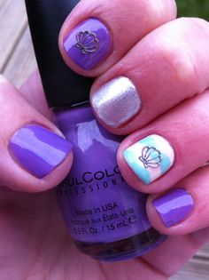 Nails. Chevron. Seashells. Sinful colors. Essie. Nail art. Mani. Nail design